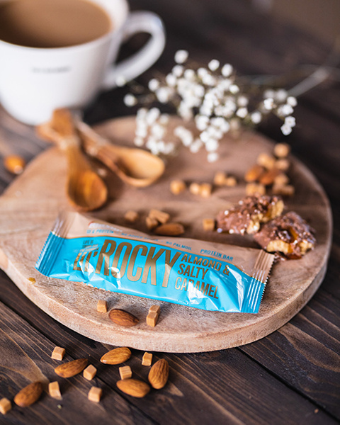 LiL' Rocky mandel og salt karamell proteinbar 40g